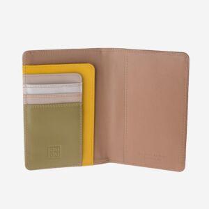 porta passaporto in pelle