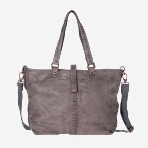 borsa in pelle con borchie